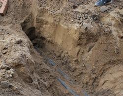 В Марьяновском районе местного жителя завалило землёй.