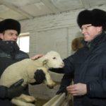 Врио губернатора Александр Бурков посетил Марьяновский район